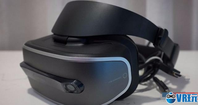 联想发布首款VR头显 基于Windows全息平台