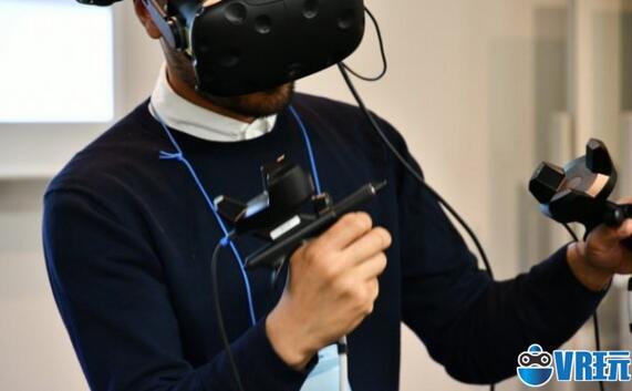 """在VR空间里随意绘制3D模型的""""VR画笔"""""""