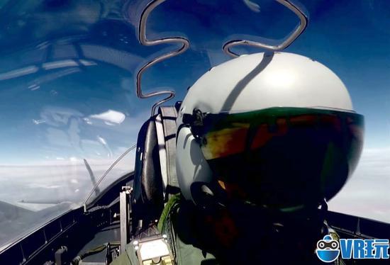 歼20战机AR头盔首次曝光可360度感知