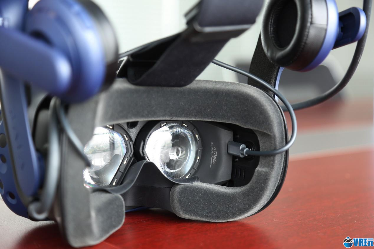 七鑫易维推出多个版本aGlass DK Ⅱ,适配HTC Vive Pro