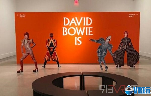 """""""David Bowie Is""""巡回展采用VR/AR技术推出应用"""